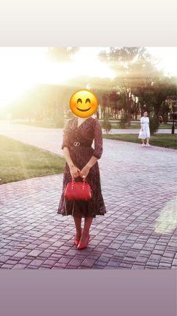 Продам вечерние платья в отличном состоянии