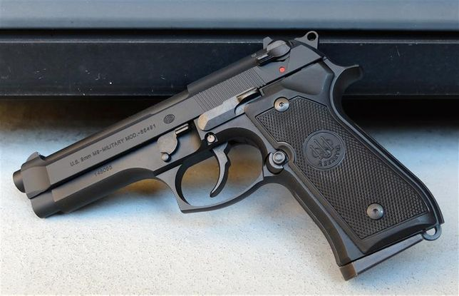 Pistol Airsoft Taurus SEMI FULL METAL Co2 (Modificat) cu+ 5 Tuburi gaz