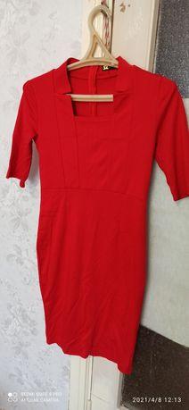 Продам платья 46-48