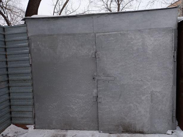 Продам металический  гараж 3м на 5м.