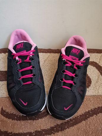 Nike Running nr 39(25cm)!!