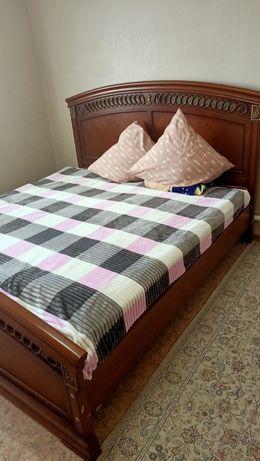 спальный диван хорошем состояние