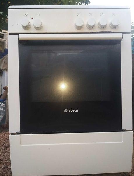 БОШ Германия газовая плита с электрической духовкой, 60 см.