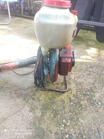Бензинова пръскачка