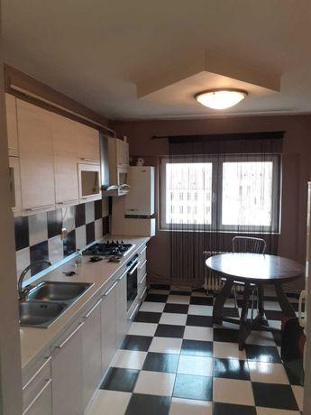 Apartament cu 4 camere Bld. Transilvania Centru