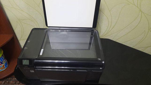 Продам цветной принтер.