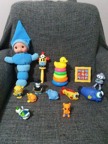 Лот за бебе светеща кукла,пластмасов пъзел,гумени играчки,дрънкалка