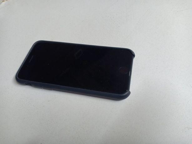 iPhone se 2020  на гарантии