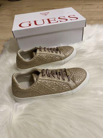 Pantofi Guess marimea 35