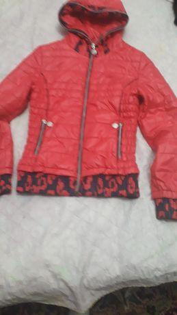 Куртка на девочку, легкая
