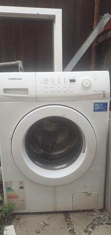 Продам стиральную машина на запчасти