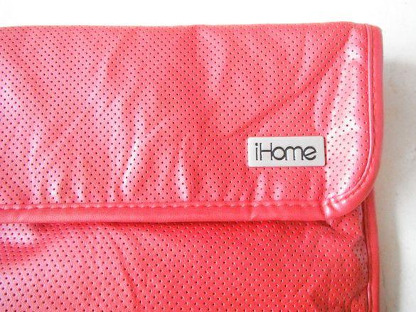 Калъф за електронно устройство на iHOME - Червена колекция