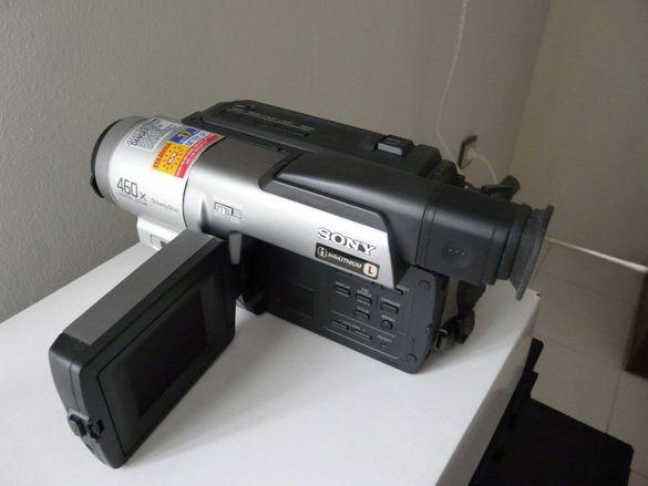 Нова, неупотребявана камера Sony Handycam