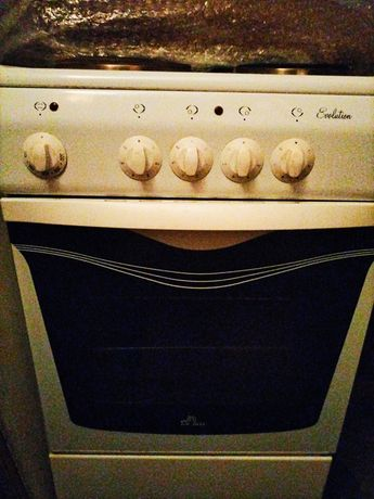 Продам плиту (размер 50/60)