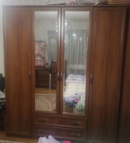 Продам спальный гарнитур, 200 тысяч