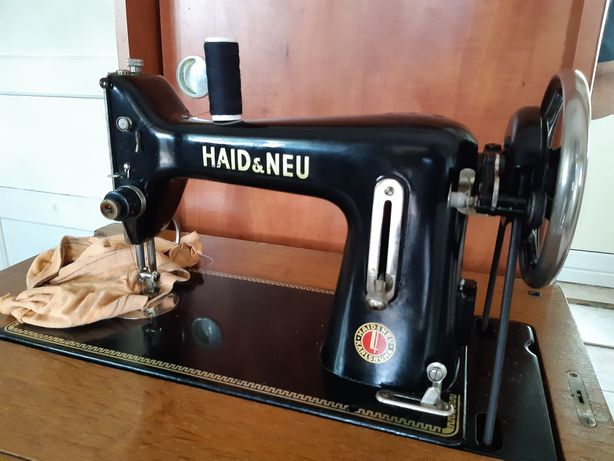 Masina de cusut Haid Neu