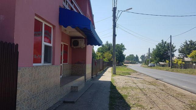 Vând teren intravlian - Strada Principală -Com. Chiscani