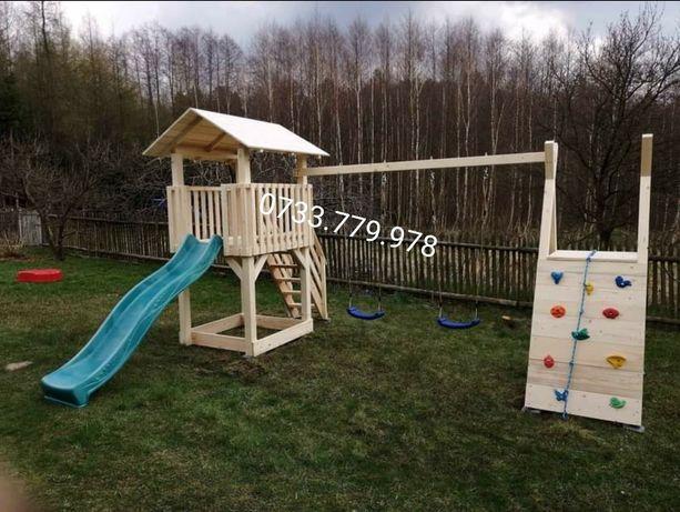 Spațiu  complex  loc joaca  pentru copii căsuța lemn leagăn