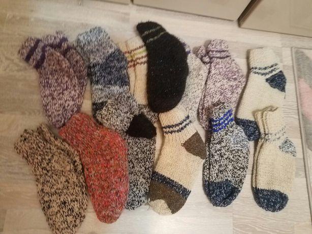Șosete tricotate de  lână