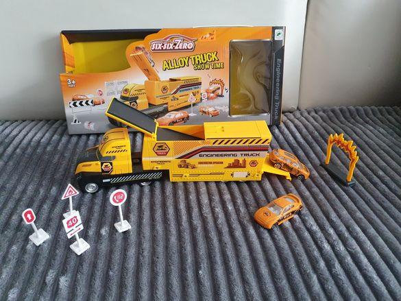 Игрален комплект камион с изстрелвачка,колички и пътни знаци