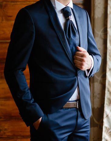 Costum mire, sacou+pantalon+vesta+cravata