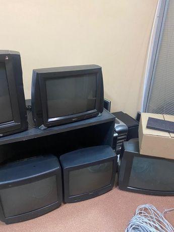 Продам б/у телевизоры