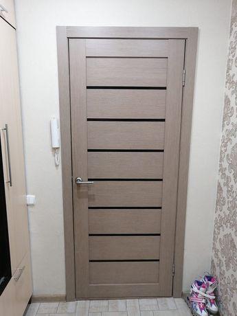 Продам двери металлический и межкомнатный.