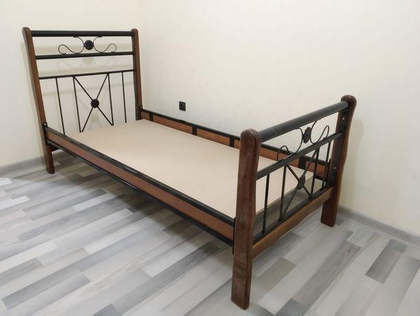Спальные кровати
