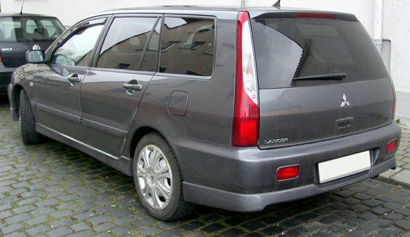 Mitsubishi lancer комби 2.0