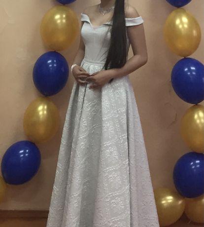 Вечернее платье жаккард