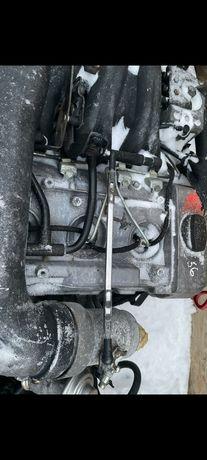 Двигатель матор 606  мерс124
