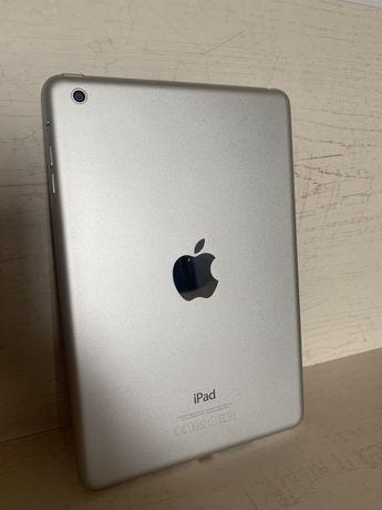 iPad mini белый 16 гб