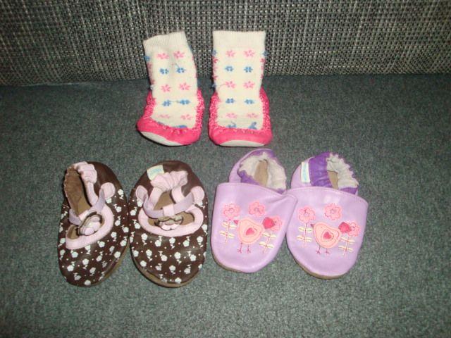 Incaltaminte fetite bebe 6-12 luni Sibiu - imagine 1