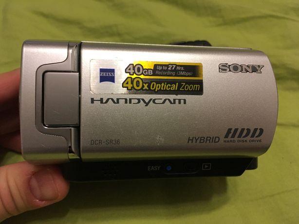 Camera video Sony DCR-SR36 stare excelenta geanta cabluri manuale etc.