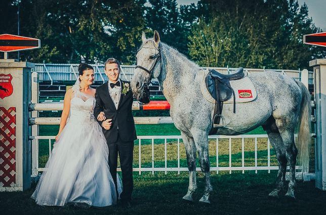 Fotograf si Cabina Foto pentru nunti , botezuri si alte petreceri.