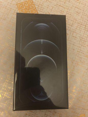 Продам айфон 12 про