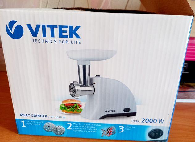 Продам новую электрическую мясорубку VITEK 3610