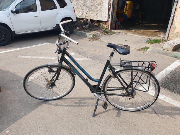 Bicicleta Giant piese schimb sau servisata