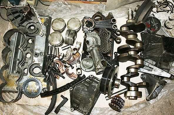 Двигатель Мерседес 111 по запчастям