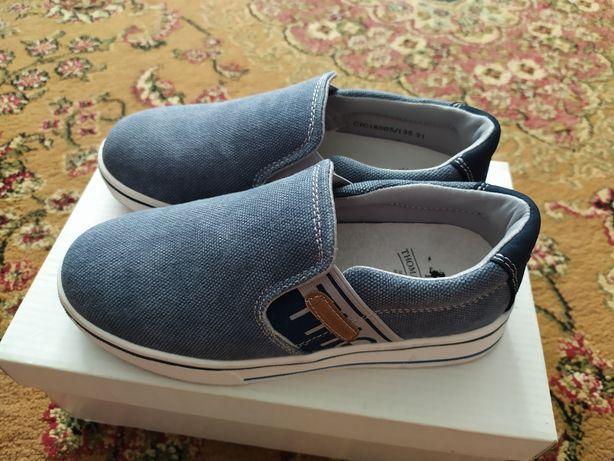 Детская обувь Слипоны