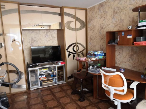 Сдается 2х комнатная квартира по ул. Абая-Валиханова 120000тг