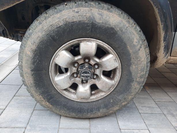 Vând Nissan pikup