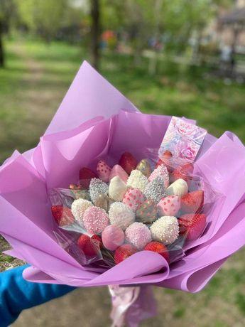 Подарок на 8 марта/Клубника в шоколаде/Десерт/Фрукты/Ручная работа