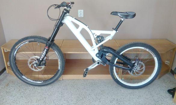 Планински велосипед Downhill Bike