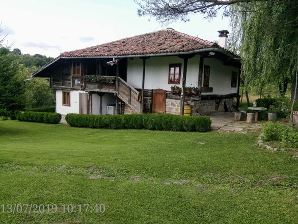 къща за гости ''никифорова къща'' с.мийковци