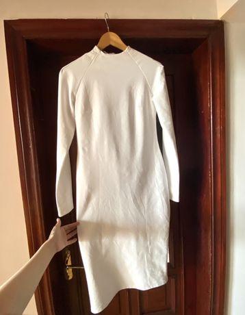 Белое платье спортивное