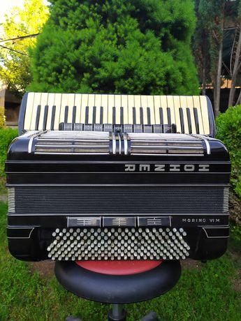 Акордеон Hohner Morino VI M . 45. клавиша , 185 баса .