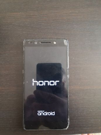 Honor 7 si Nokia c3322 cu butoane