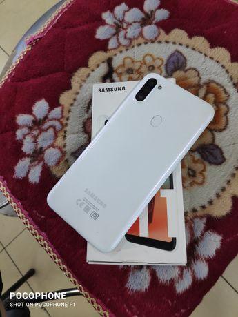 Samsung galaxy A11 32G Ram 3 4G LTE 4000 mah Battery доставка есть