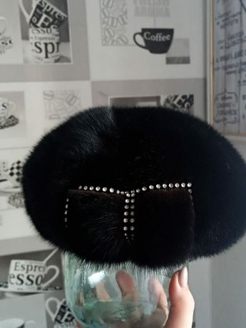 Отличная женская норковая шапка